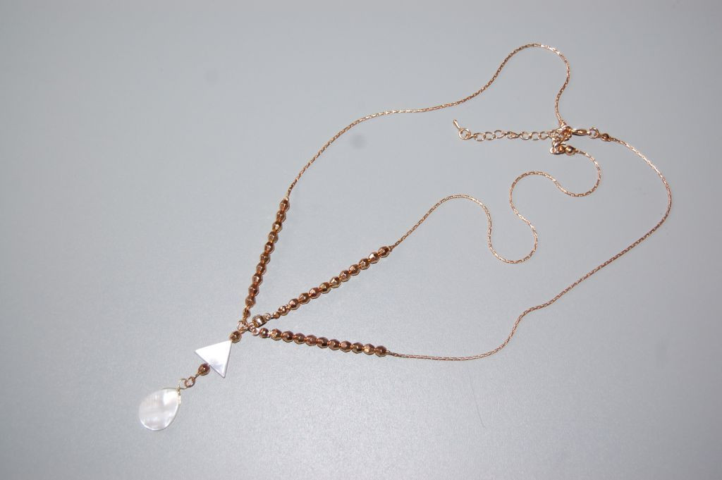 Tiara necklace ivory and gold