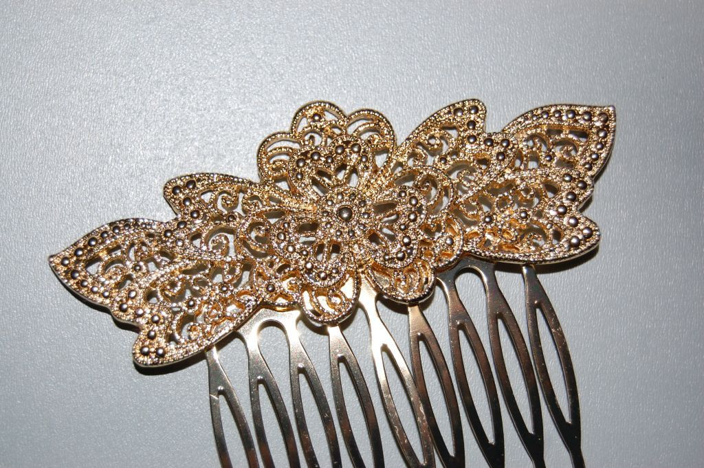 Comb flower of love gold
