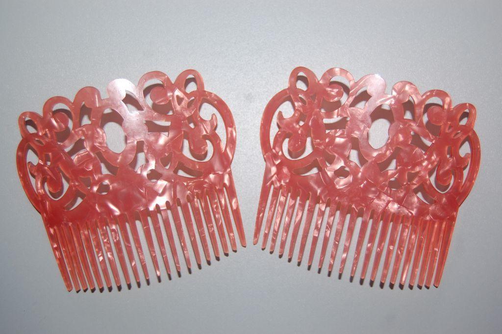 Set 2 peinas coral gitanilla