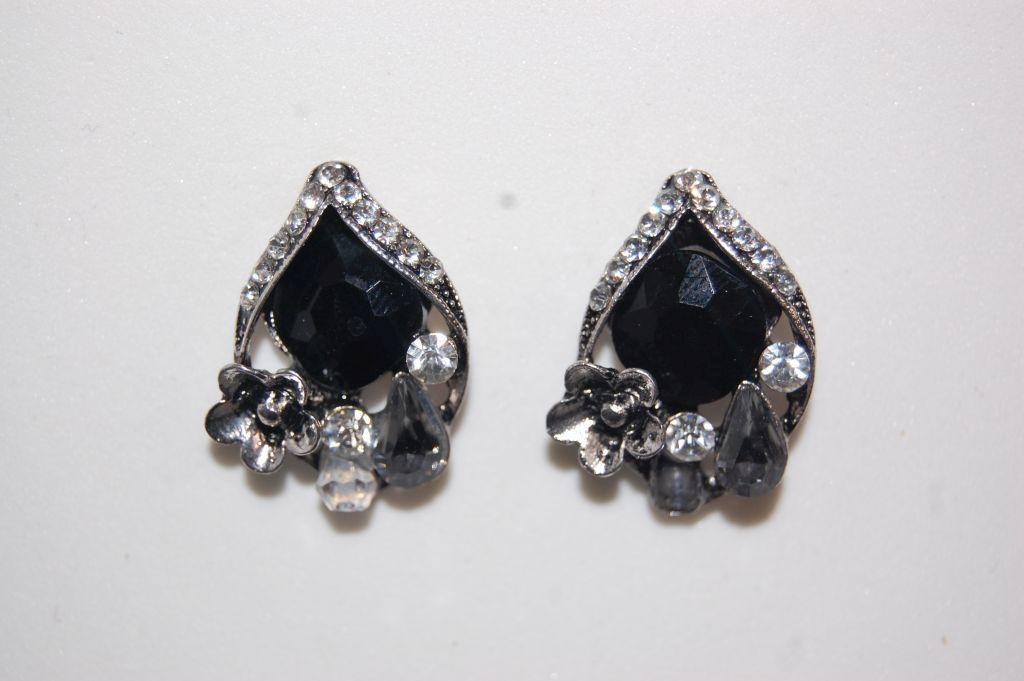 Earrings black Nepal and grey