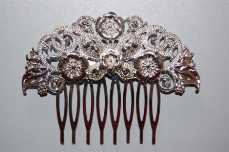 Comb one hundred Queens new silver