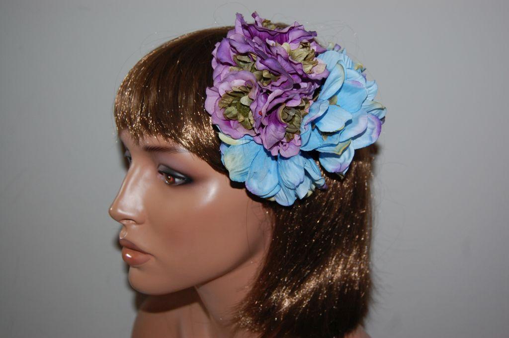Corsage purple spring