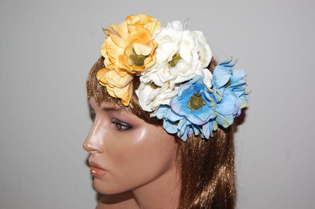 Beige spring bouquet
