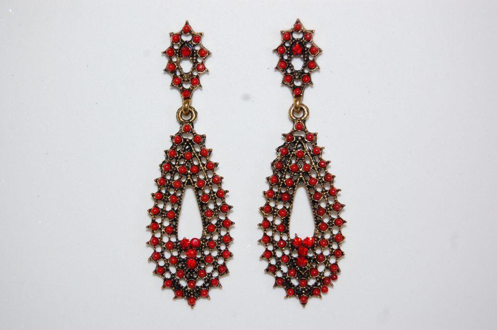 Calamares earrings red tears