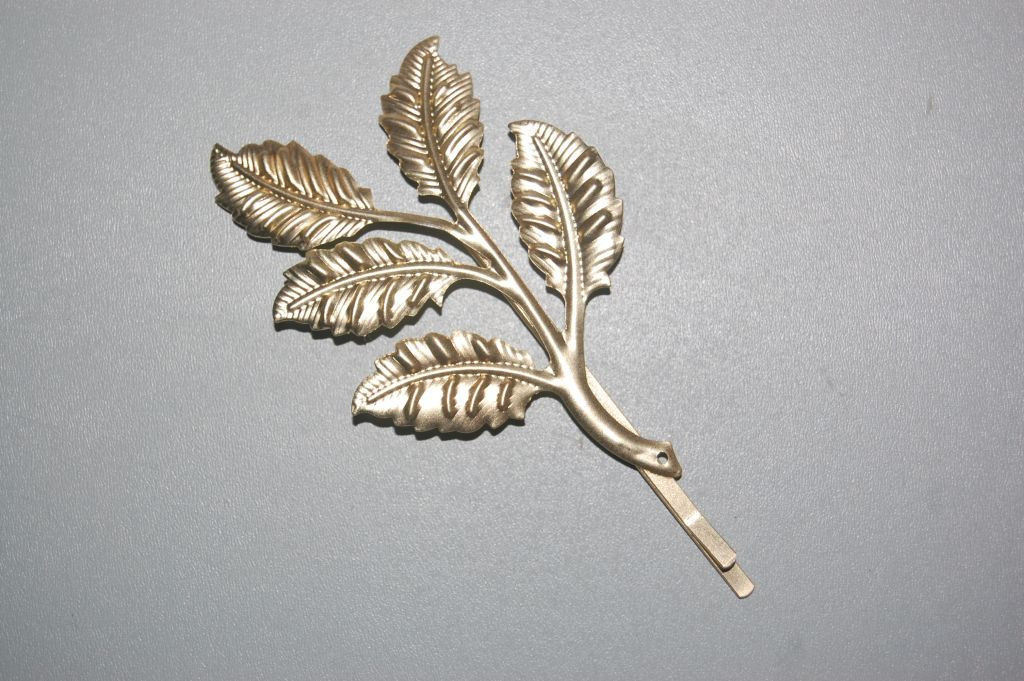 Fork blade pinnate gold