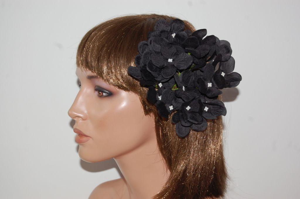Corsage black Almonteño