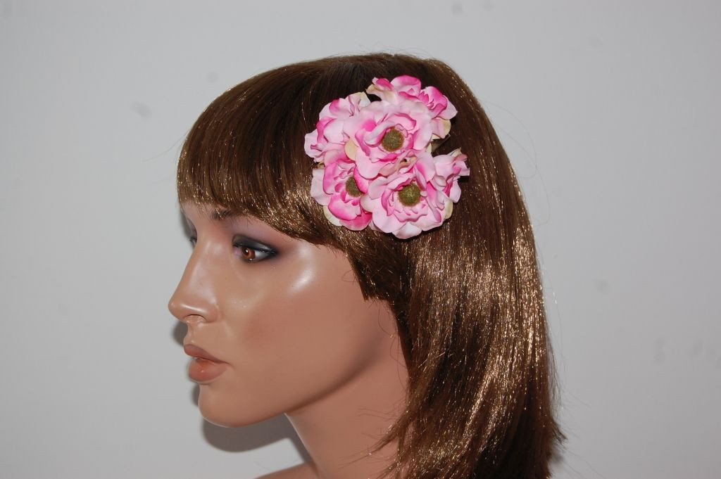 Small ruffle rose corsage