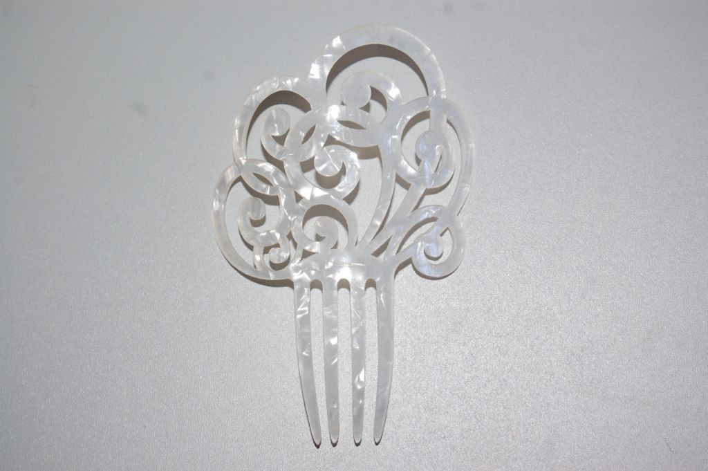 Comb white mother-of-Pearl Seville