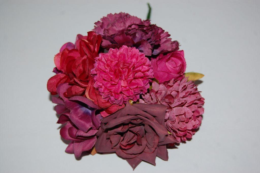 Ramillete flores feria berenjena
