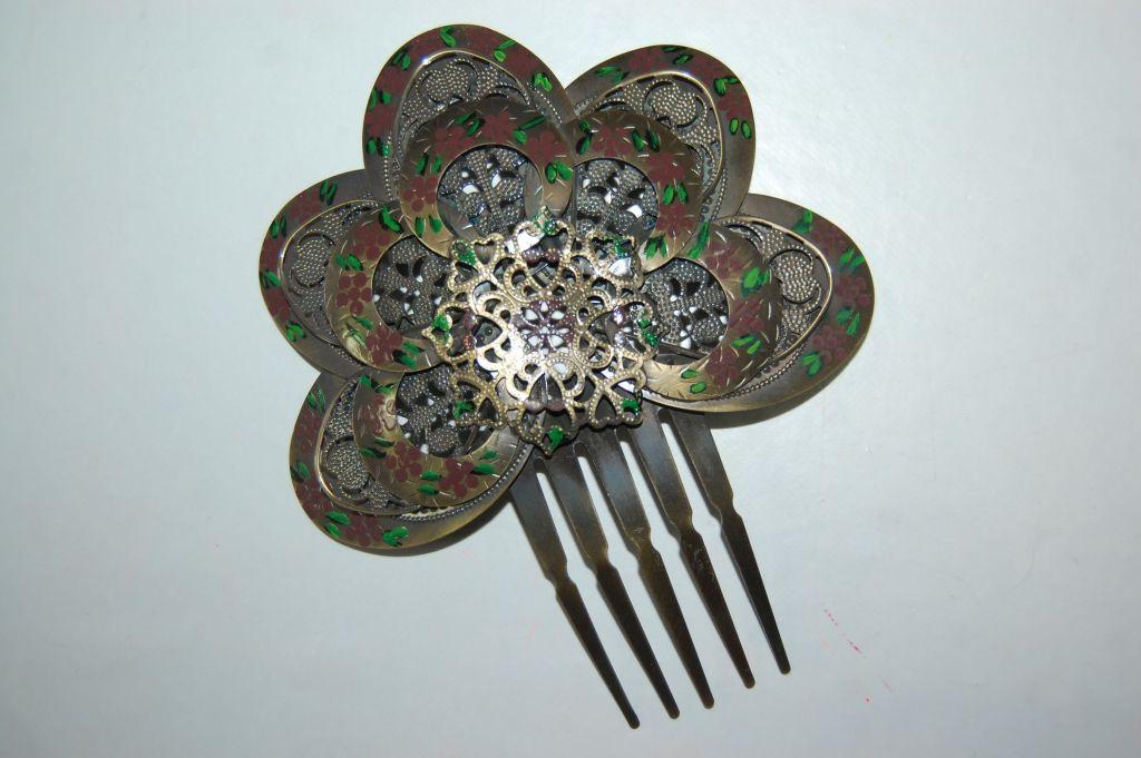 Brown metal Combs