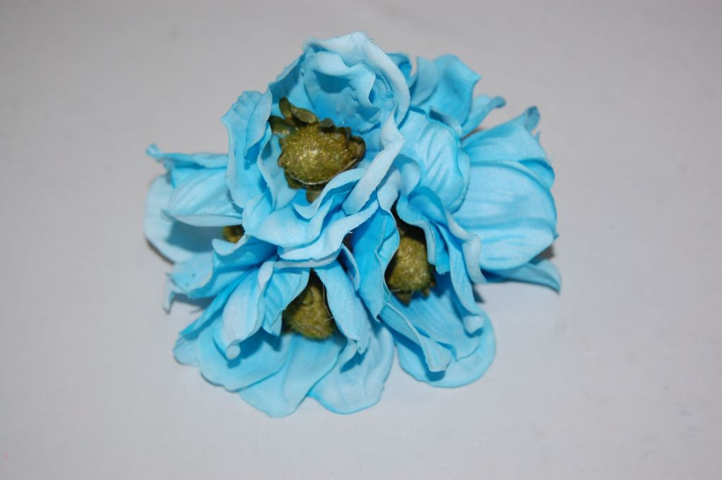Ramillete Primavera azul turquesa
