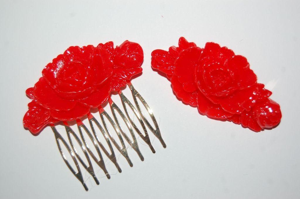 Conjunto bella peina y broche rojo