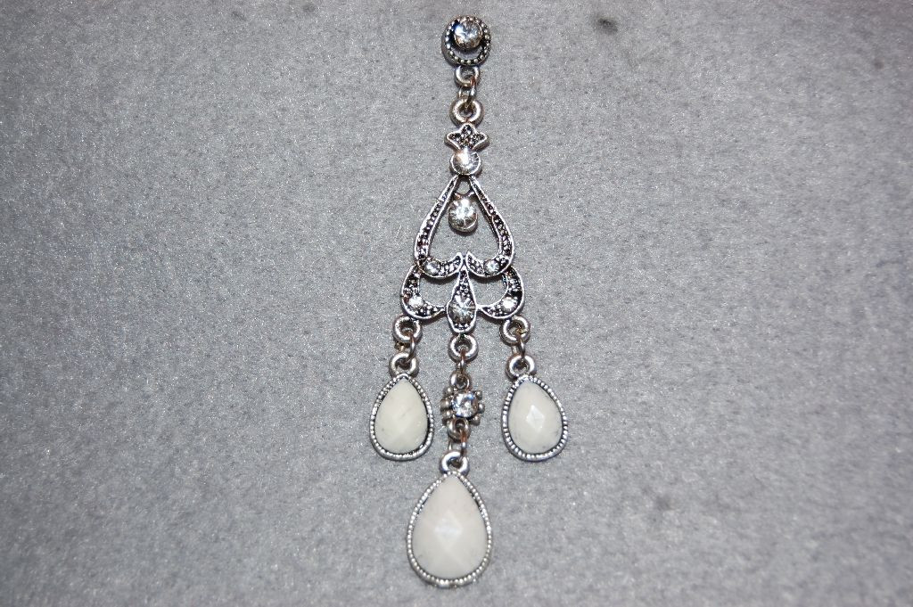 Earrings white long pyramid