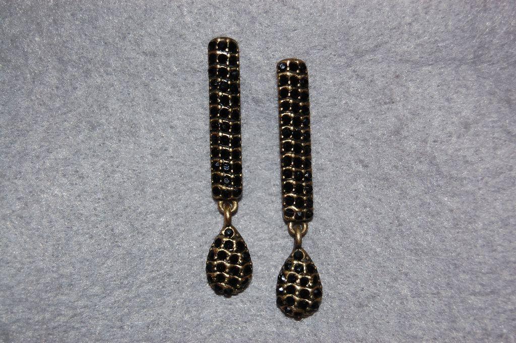 Morgana black earrings