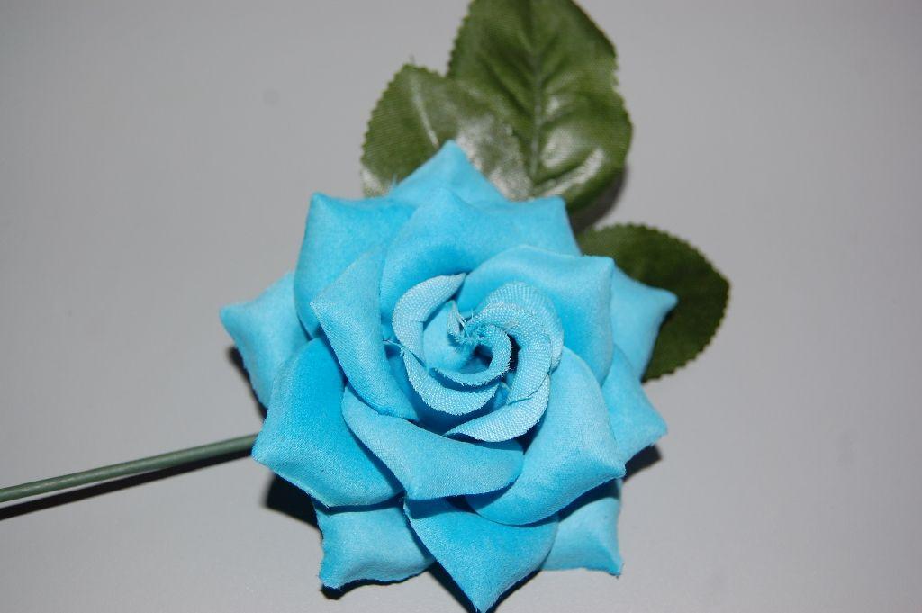 Nina turquoise flower