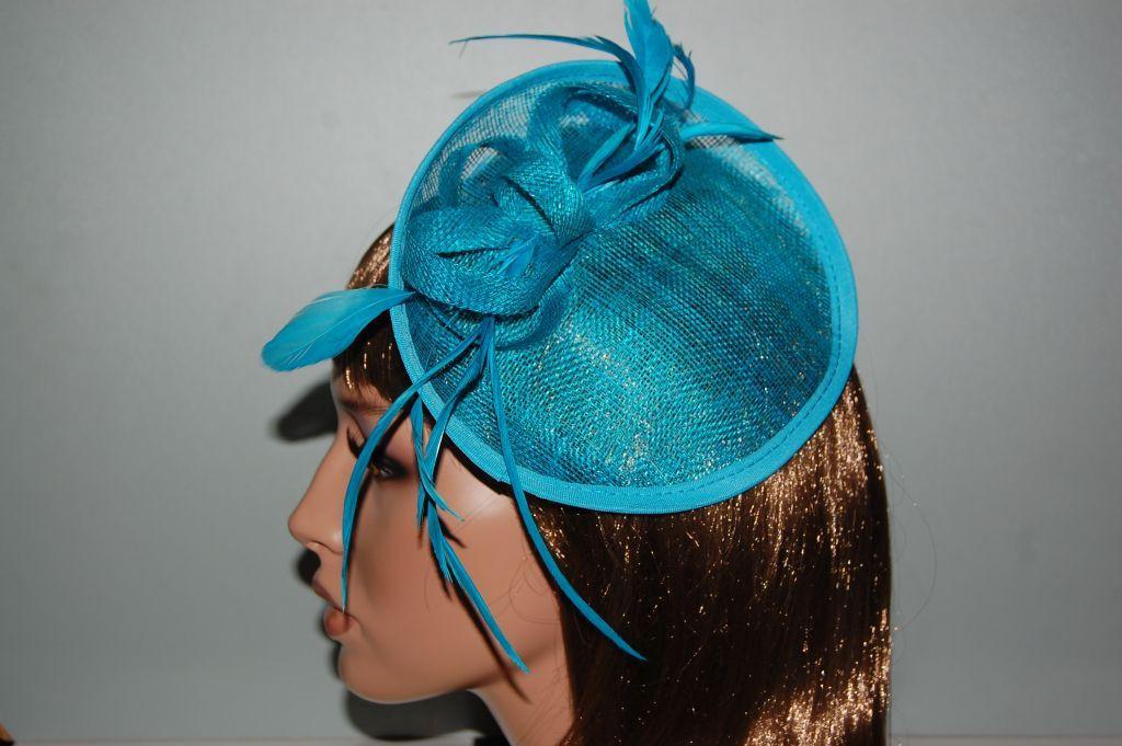 English headdress, turquoise - blue