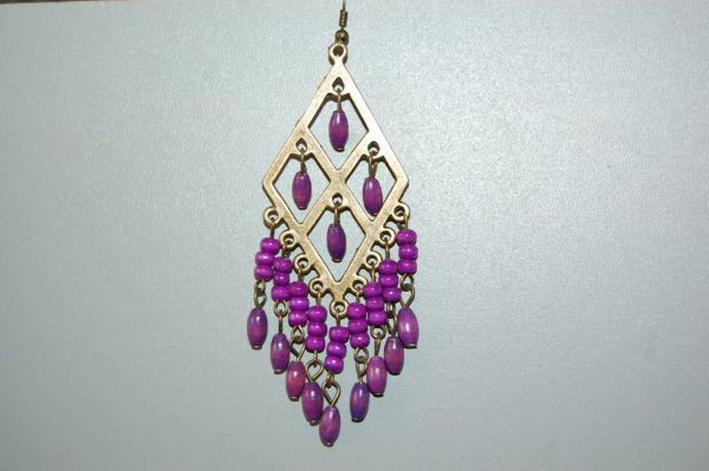 Earrings diamond wood purple